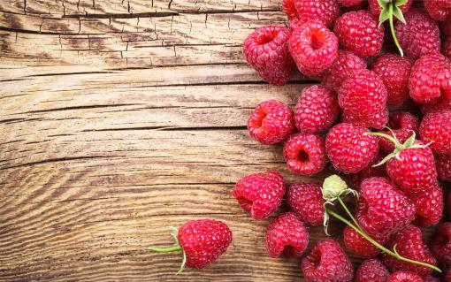 Raspberry-Seed-Oil_Natural-SPF-DIY-Sunscreen-Goddess-Garden-Organics-510x319